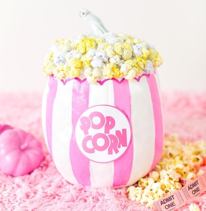 idée de décoration citrouille à design bol à popcorn, que faire avec une citrouille, objet diy facile avec citrouille
