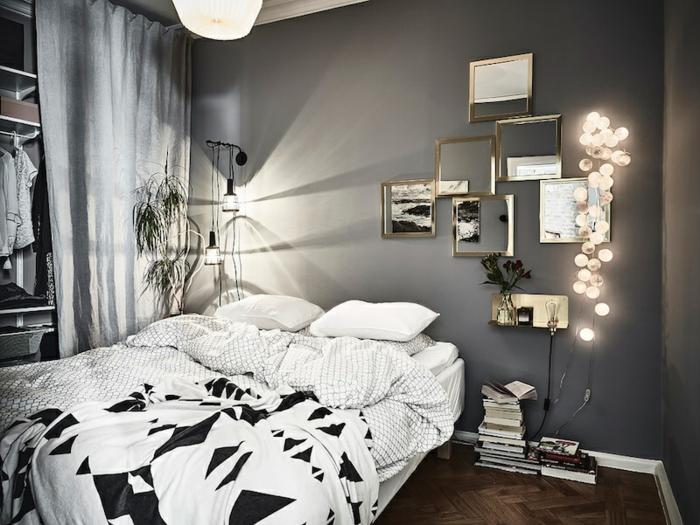 quelle couleur pour une chambre, lit en noir et blanc, guirlande lumineuse, déco murale originale, parquet chevron