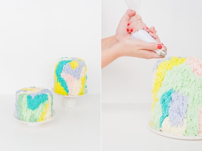 décoration gateau anniversaire avec du glaçage au beurre multicolore et une poche à douille numéro 233