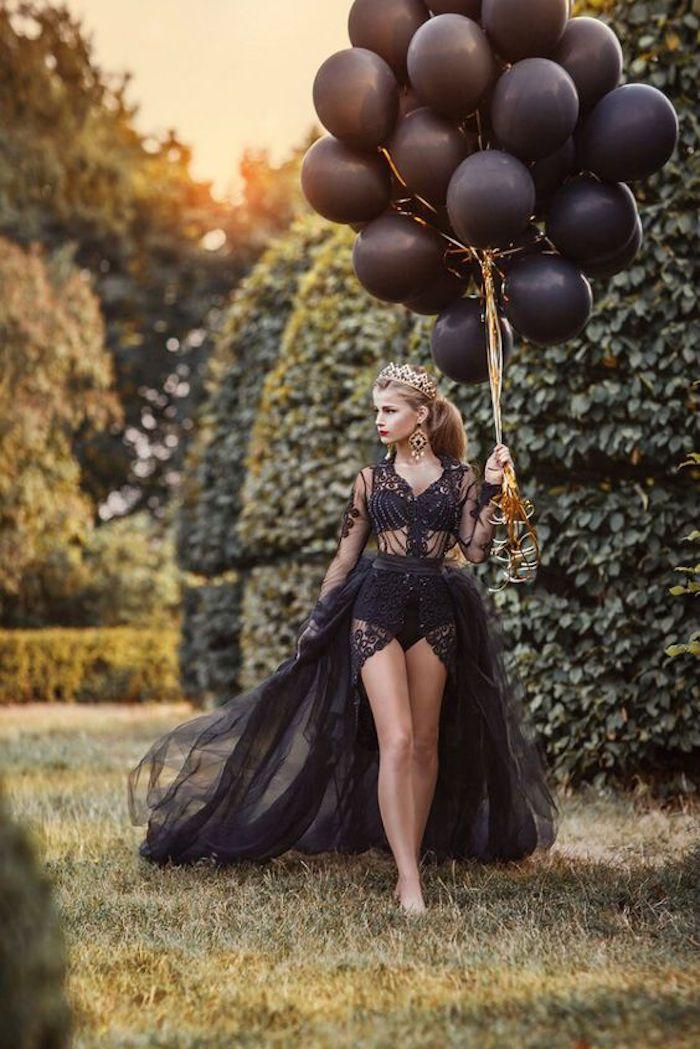 Fille anniversaire 18 ans, décoration jardin anniversaire, deco anniversaire pour fille, déco en noir et robe noire princesse