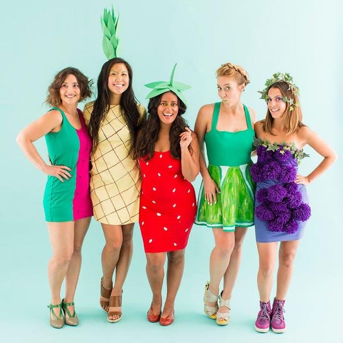 Déguisement pour amies, salade de fruits coloré, déguisement de groupe rétro vibres tendance vie saine
