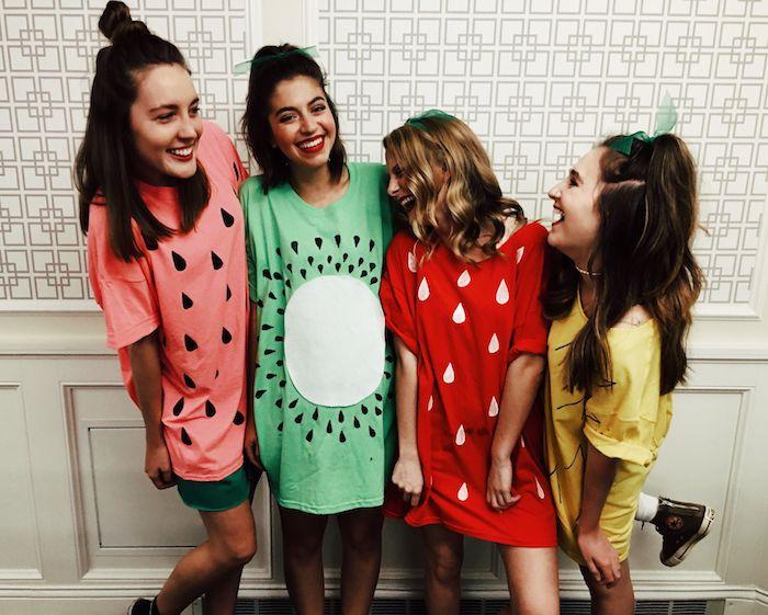 Idée déguisement mignon pour la fête de halloween, déguisement fruits, les fruits dessin annimé culte personnage célèbre, cool idée pour tous