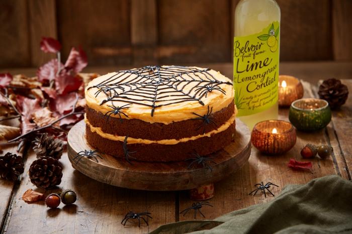 comment préparer un dessert facile pour Halloween, recette halloween dessert, modèle de gâteau aux génoises chocolat et crème au beurre