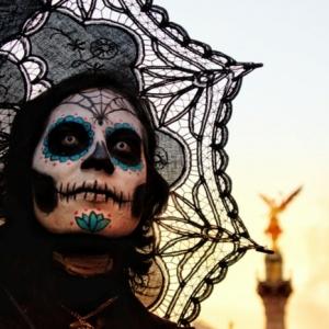Le maquillage de halloween squelette - inspirez-vous pour un look terrifiant