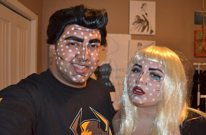 maquillage pour halloween, superman et superwoman, idée de déguisement, tee-shirts noirs