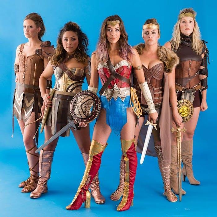 Idee costume facile et cool, idée déguisement groupe, déguisement personnage célèbre, wonder woman et les amasones