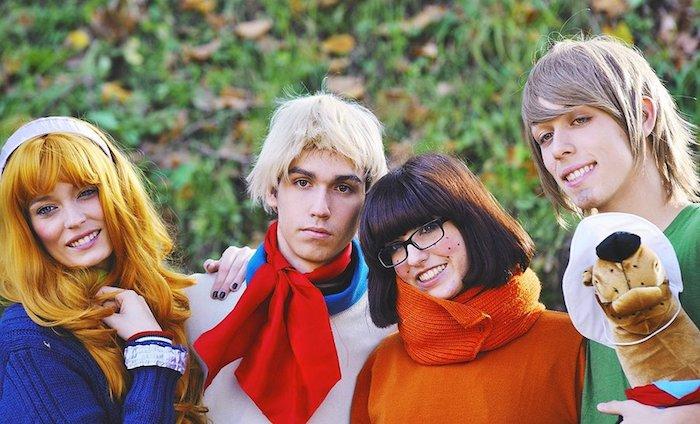 Scooby Doo et la groupe des investigateurs, cool idée de costume pour groupe, déguisement groupe, déguisement personnage célèbre facile