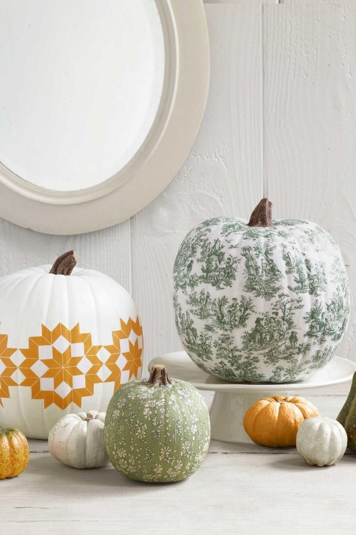 comment décorer une citrouille blanche, exemple de dessin citrouille facile aux motifs géométriques en peinture orange