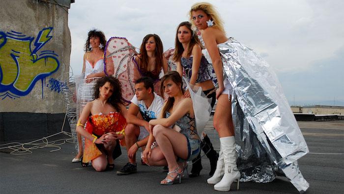 Idée costume carnaval sur le thème des éléments de la Terre, idée de costume groupe, fille deguisement en groupe