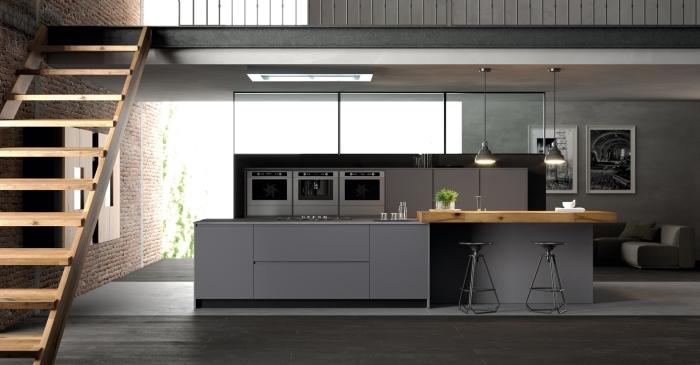 quelles couleurs pour une cuisine moderne et de style, exemple de cuisine équipée avec îlot en gris clair et foncé
