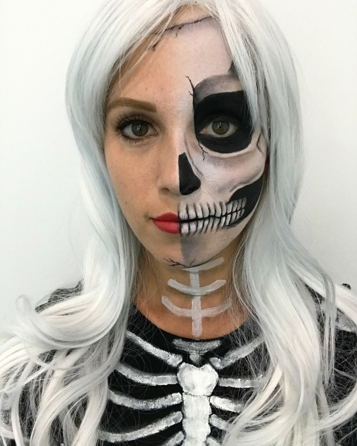 maquillage demi squelette, maquillage halloween squelette en noir et blanc, cheveux blonds