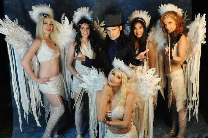 Photo déguisement d'ange pour halloween fait maison, deguisement de groupe simple à réaliser