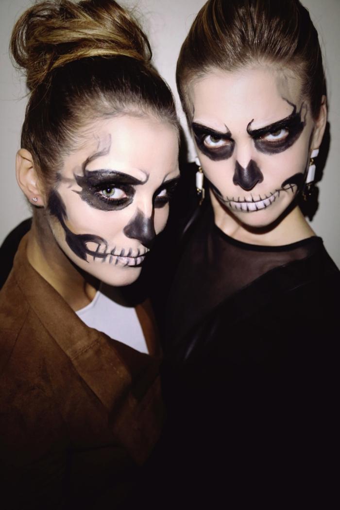 maquillage squelette facile réalisé avec du fard blanc et noir squel, look canon pour halloween facile à réaliser soi-même