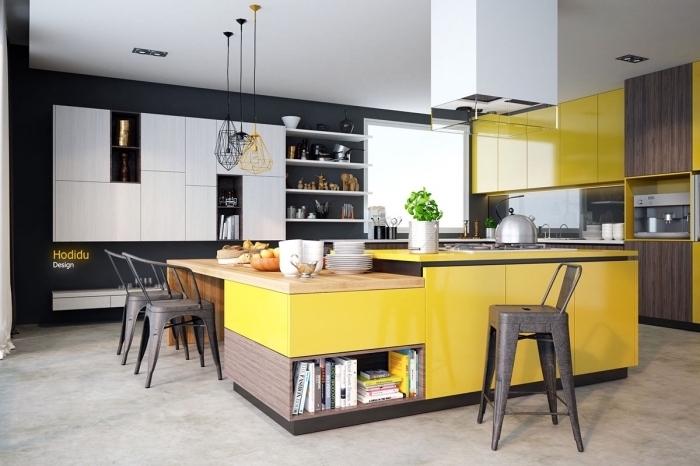 décorer une cuisine en blanc et noir avec accents en couleurs, modèle de grande cuisine avec mur foncé