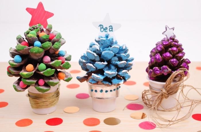 idée activité manuelle automne maternelle, faire un sapin en pomme de pin, décorer une pomme de pin avec peinture et embelissements