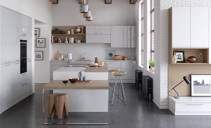 déco de style minimaliste et loft industriel en couleurs neutres et finitions métalliques, modèle d'îlot central blanc et bois