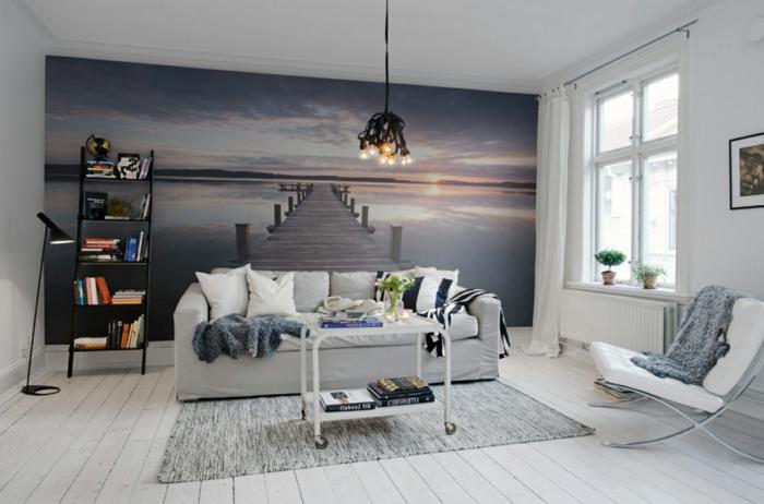 mettre un accent avec un poster joli, decoration salon peinture et déco murale, étagère échelle, sofa gris clair, chaise blanche