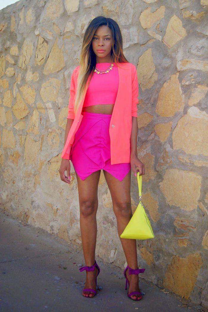Costume année 80 néon, vêtements look année 80, rétro vibres pour une soirée rétro inspirée par le look du dernier siecle