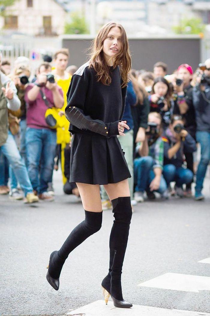 Cuissardes cuir fausse, look avec cuissarde tenue avec bottines hautes, chouette idée de tenue chic à talon haute