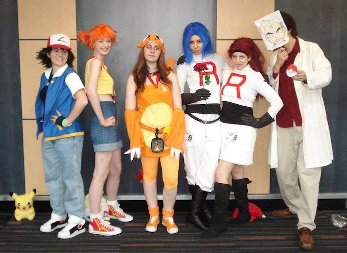 Déguisement cosplay de Pokemon, deguisement en groupe costume halloween original, idée pour tout le monde