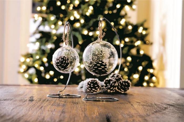 idée décoration festive de noel avec objets diy faciles à réaliser, exemple que peut on faire avec des pommes de pin