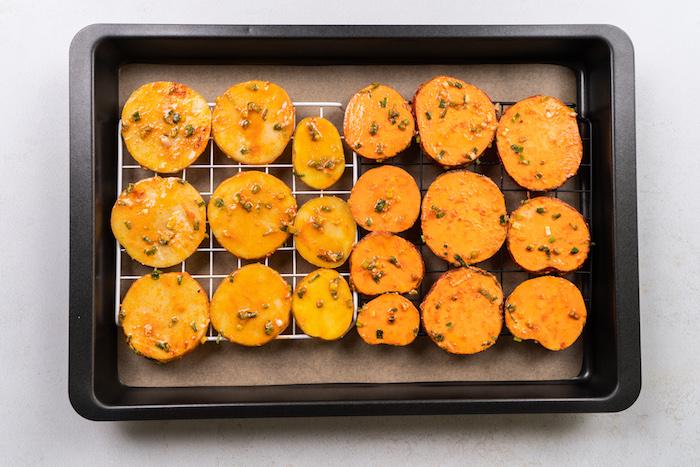 comment faire des chips au four, exemple d apero dinatoire facile pour 20 personnes à servir avec mayonnaise