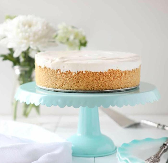 cuisine américaine, recette cheesecake philadephia sans cuisson à base sablée de biscuits et beurre