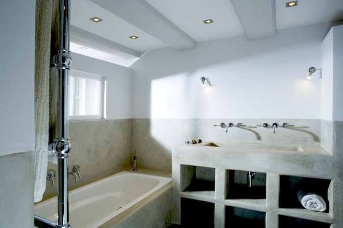 1001 id es salle de bain sans carrelage des - Sechoir salle de bain mural ...