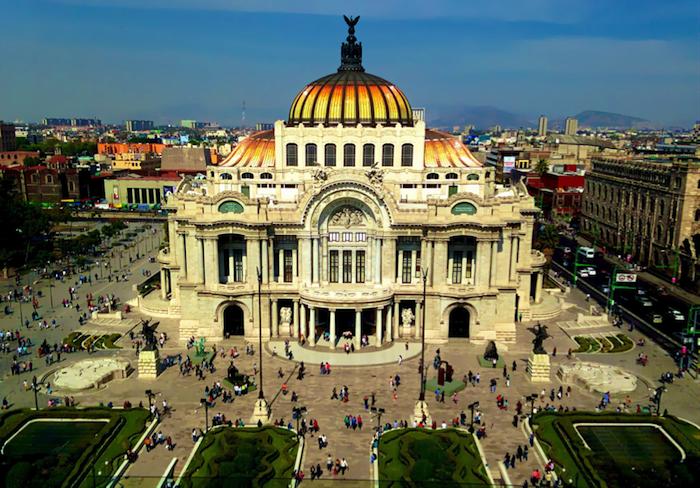 découcrir l amérique latine, sejour visiter le mexique quels sites touristiques visiter, une vue urbaine du centre ville