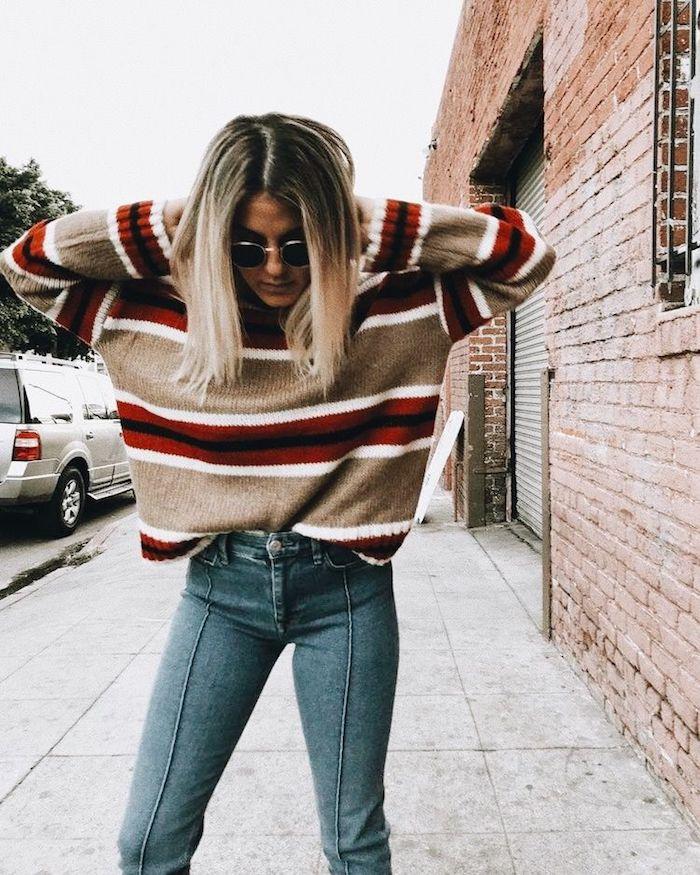 Idée déguisement année 80, style vestimentaire pendant les années, jean et pull