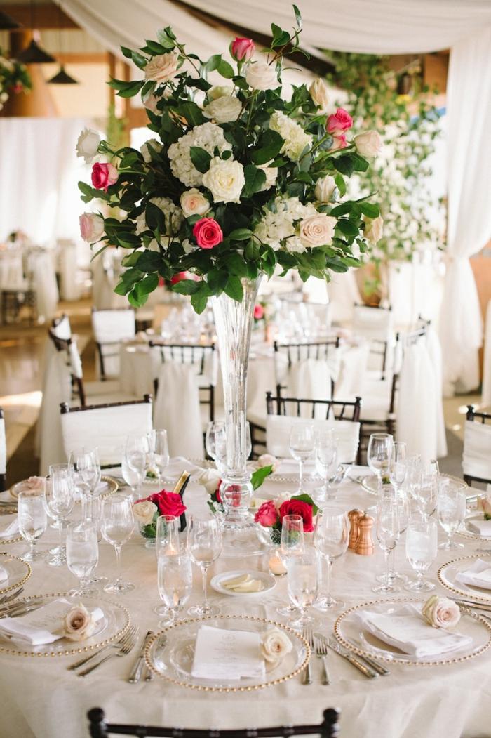 décoration champetre chic pour un mariage rustique, deco table mariage blanche