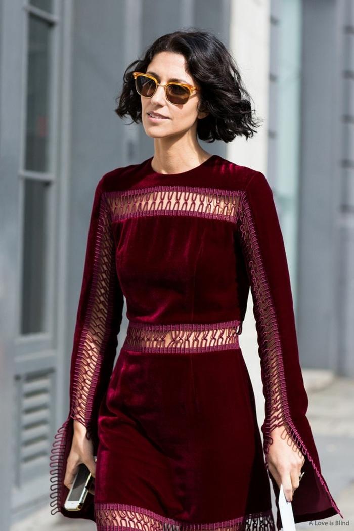 robe en velours, tenue champetre pour un mariage en pleine nature, lunettes couleur cognac