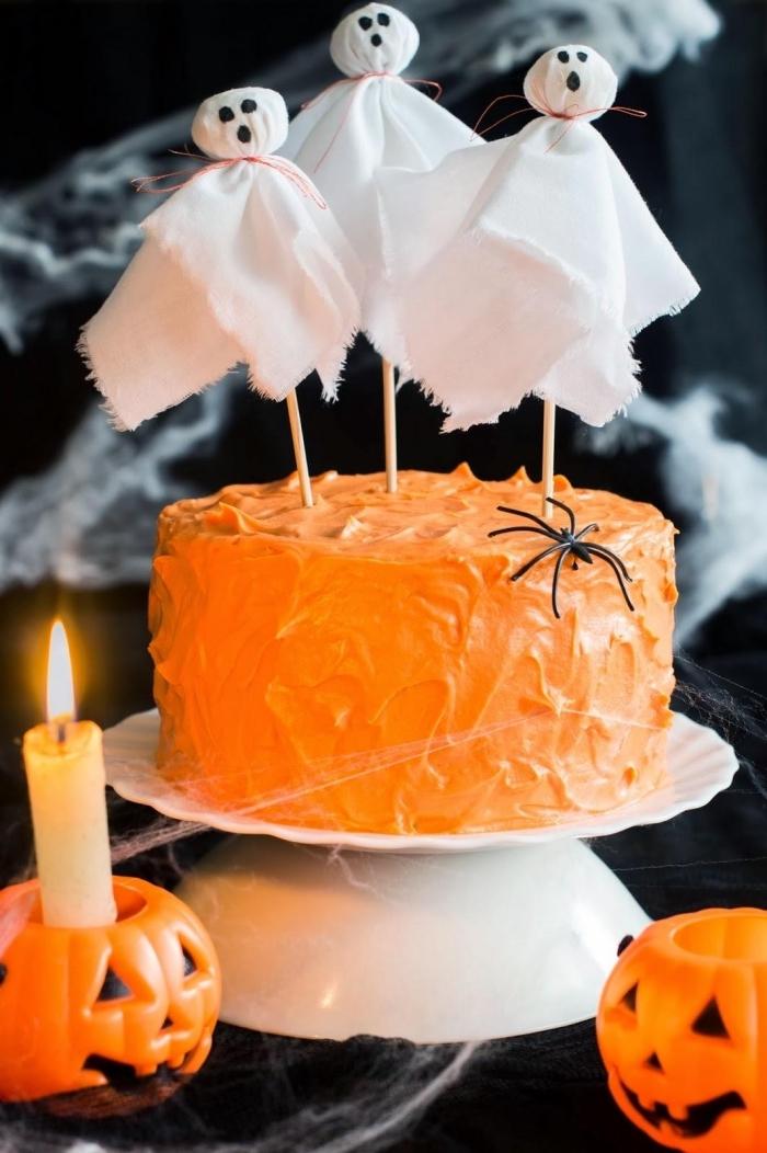 exemple comment décorer facilement un gâteau pour anniversaire enfant Halloween, recette gateau halloween maternelle