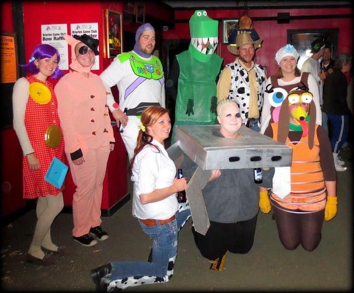 Photo déguisement halloween Toy story costumes fait maison, deguisement de groupe simple à réaliser