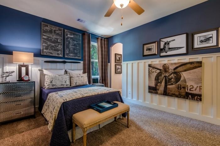chambre de garçon thématique, tapis beige, photos d'avions, lampe ventilateur, commode gris
