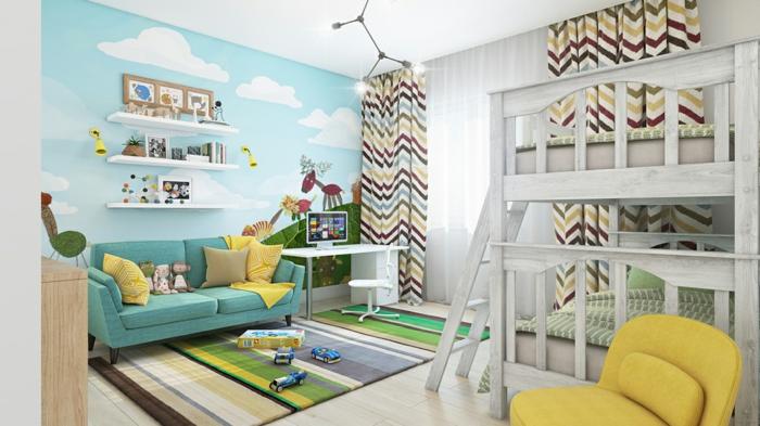 tapis rayures, fauteuil moutarde, lit mezzanine, mur bleu à nuages blancs, rideaux géométriques
