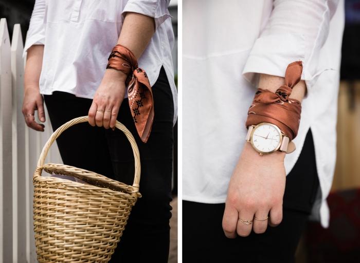 modèle de foulard femme soie en couleur marron avec motifs en blanc et noir, idée comment porter un foulard façon bracelet, foulard comme bijou