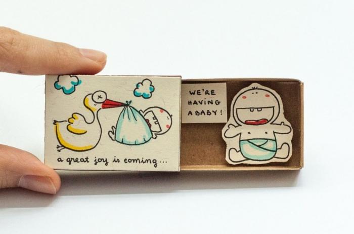 modèle de faire part naissance créatif dans une petite boîte à allumettes, annoncer la naissance bébé avec une surprise diy