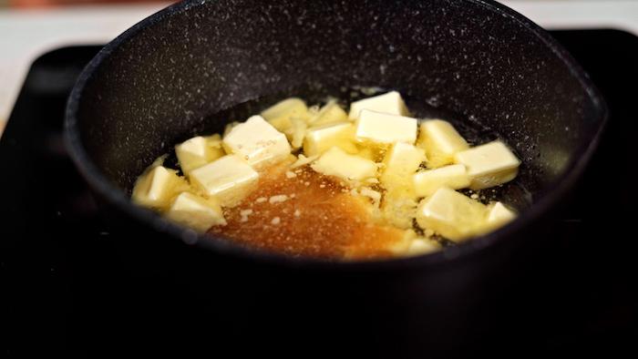 ajouter la cassonade au beurre et à l eau dans une casserole exemple de petit dejeuner gouter healthy enfant