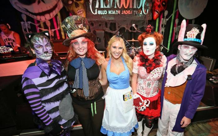 Thème déguisement soiree a theme, organiser un événement thématique et un peu excentrique, Alice au pays de Merveilles et tous les caracteres