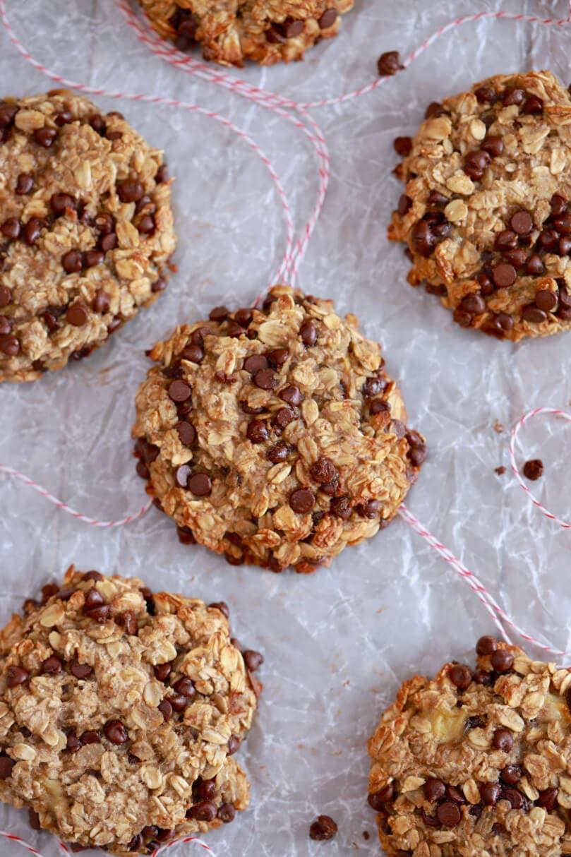 biscuits cookies aux flacons d avoine, pépites de chocolat, purée de banane, recette trois ingrédients saine enfant