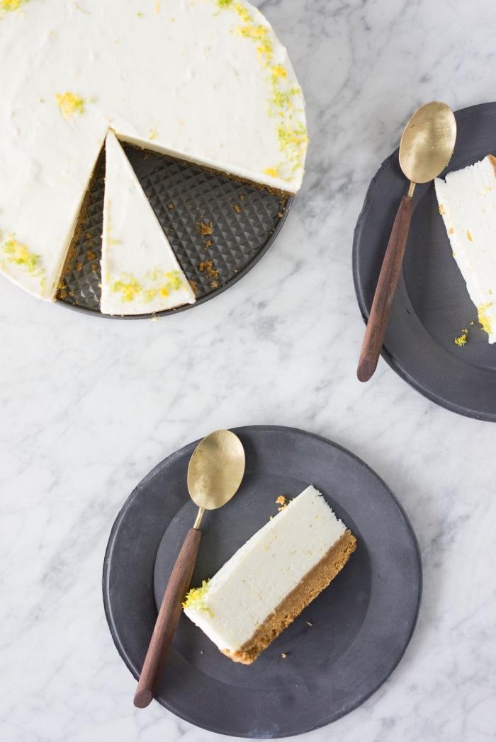 recette de cheesecake citron vert au fromage frais philadelphia avec une base de croûte de biscuits et beurre, recette de cheesecake avec gélatine