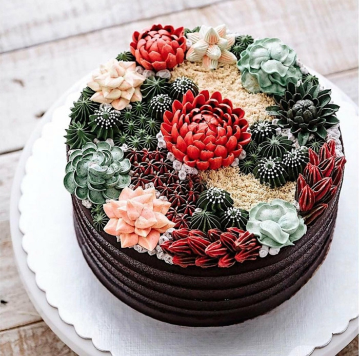 Gateau anniversaire homme, idée gateau anniversaire simple et beau décoré de fleurs en crème de beurre