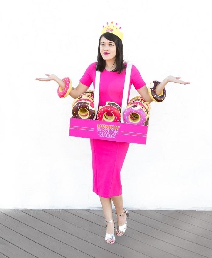 idée de déguisement femme pour halloween, costume de princesse des donuts diy, boîte à donuts en carton
