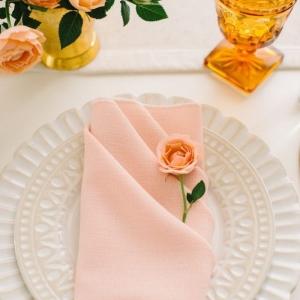 Pliage de serviette pour mariage ou quand la serviette devient la star de la table