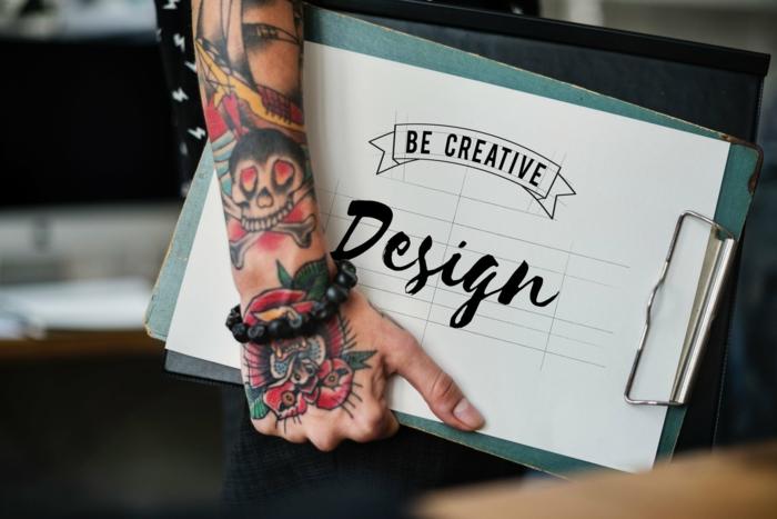 Tatouage manchette, tatouage bras homme, coloré tatouage amitié signification tatouages originaux