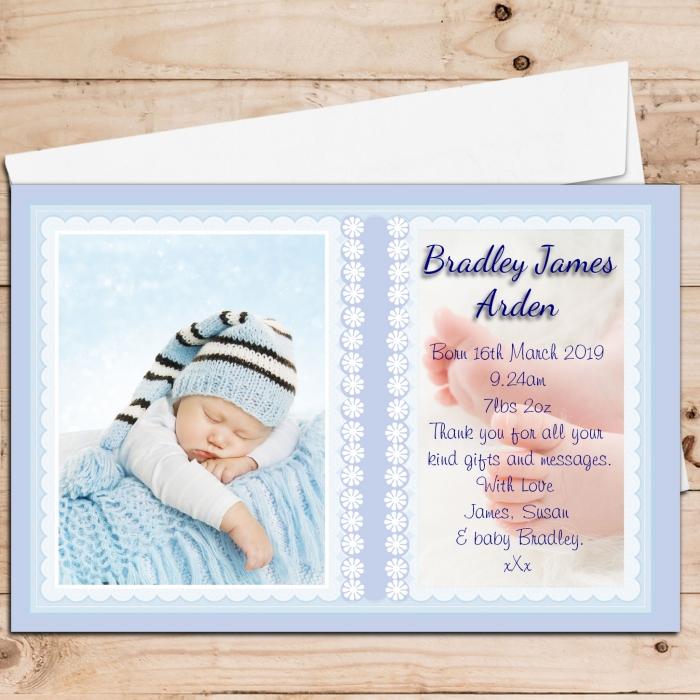 modèle de faire part naissance personnalisé, exemple carte annonce naissance avec photo et infos prénom et date de naissance