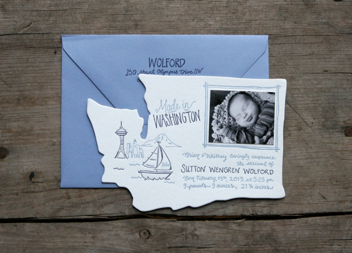 comment créer un faire part naissance pas cher, modèle de carte d'annonce naissance avec photo et jolis dessins