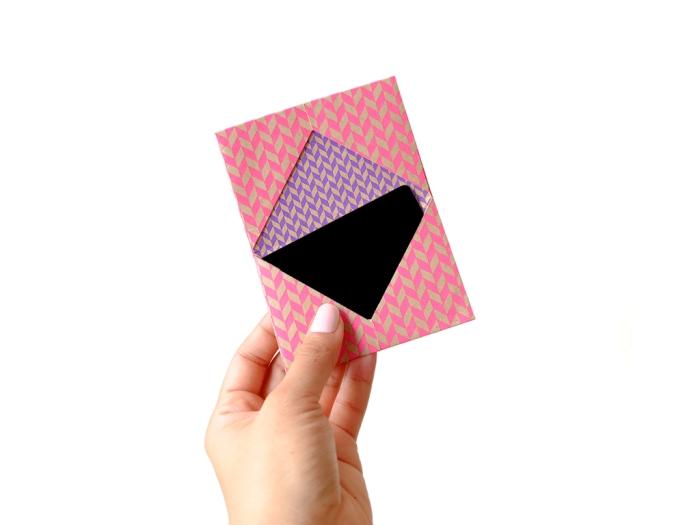 emballage diy pour carte cadeau ou voucher, pliage enveloppe personnalisée selon une simple technique origami