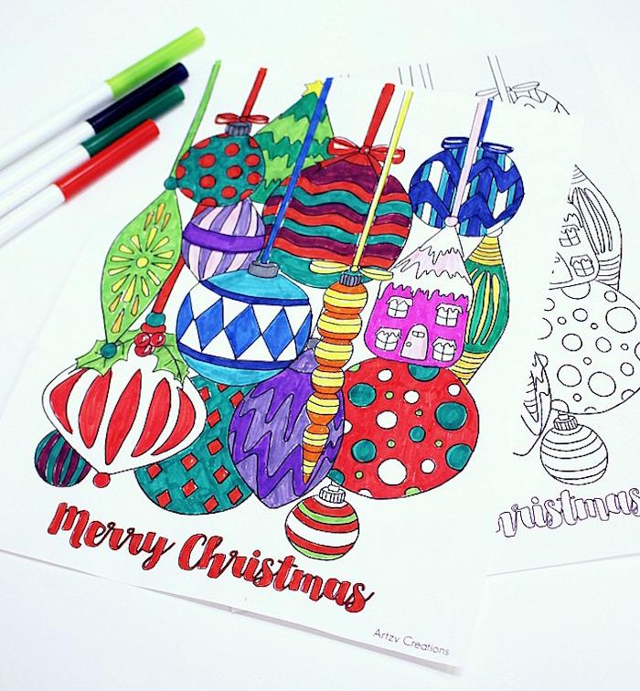 dessins de boules de noel pour décoration de sapin à colorier avec feutres de couleurs